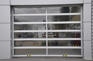 Industrie-Deckensektionaltor aus FVE-Alu-Rahmensektionen (2)